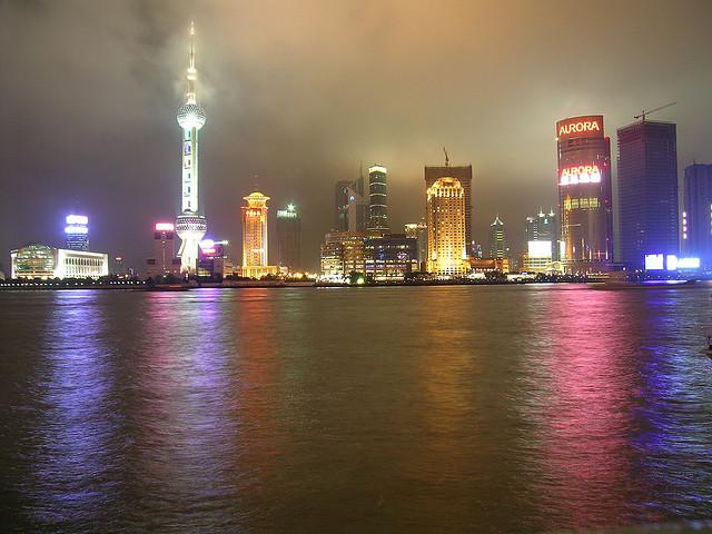 Borsa Shangai in Calo