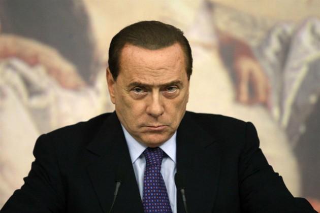 Berlusconi Monti Battibecco a Distanza